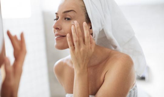 Top 5 Best Anti Aging Eye Creams 2020